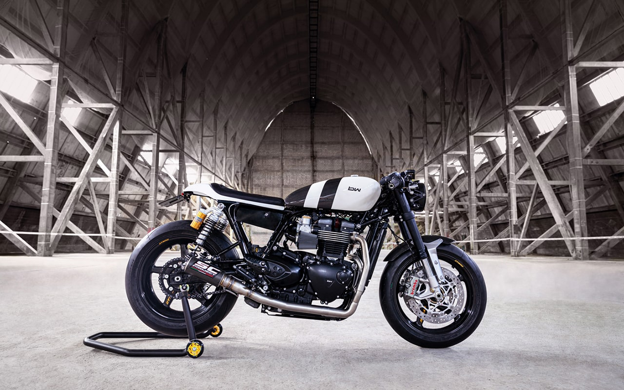 Bad-Winners_Triumph-Thruxton-1200R_Zero-Gravity-2_001-min