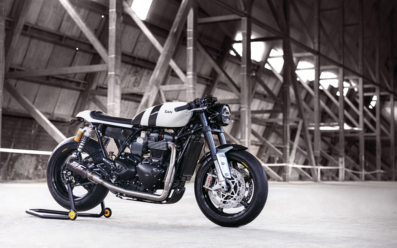 Bad-Winners_Triumph-Thruxton-1200R_Zero-Gravity-2_003-min