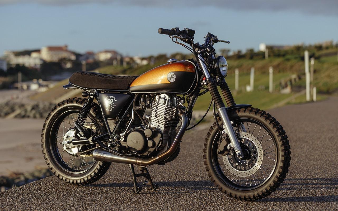 Injustice-Custom-Yamaha-SR400-Scrambler_005-min