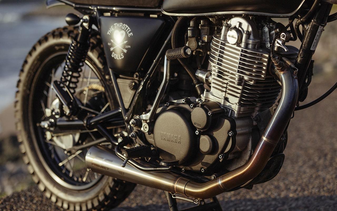 Injustice-Custom-Yamaha-SR400-Scrambler_007-min
