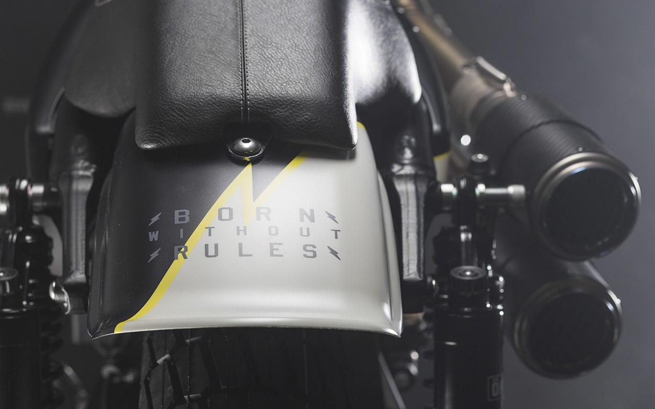 Injustice-Custom_Flat-Tracker_Harley-Davidson_003-min