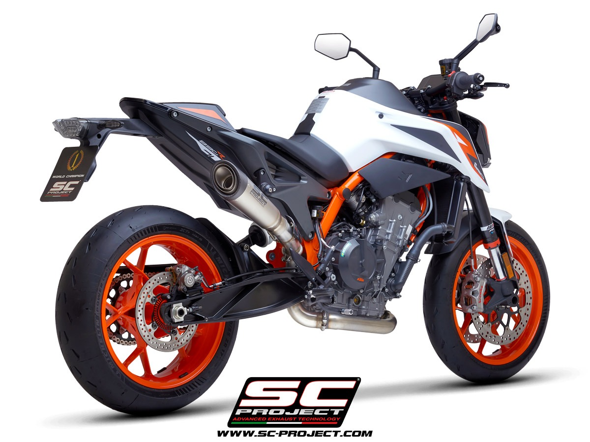 KTM_890-Duke-R_my2020_Decat_3-4Posteriore