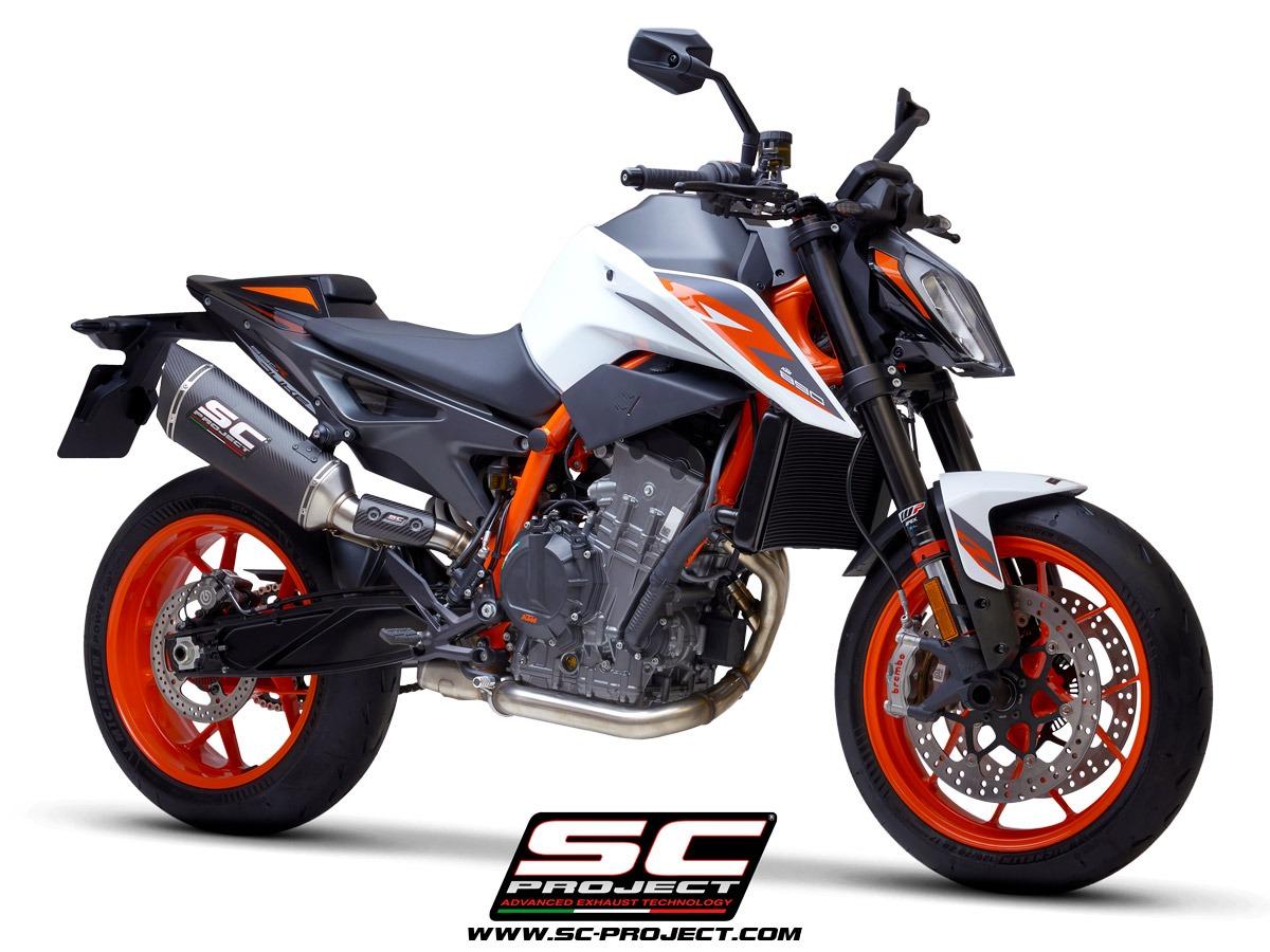 KTM_890-Duke-R_my2020_SC1R-Carbonio_3-4Anteriore