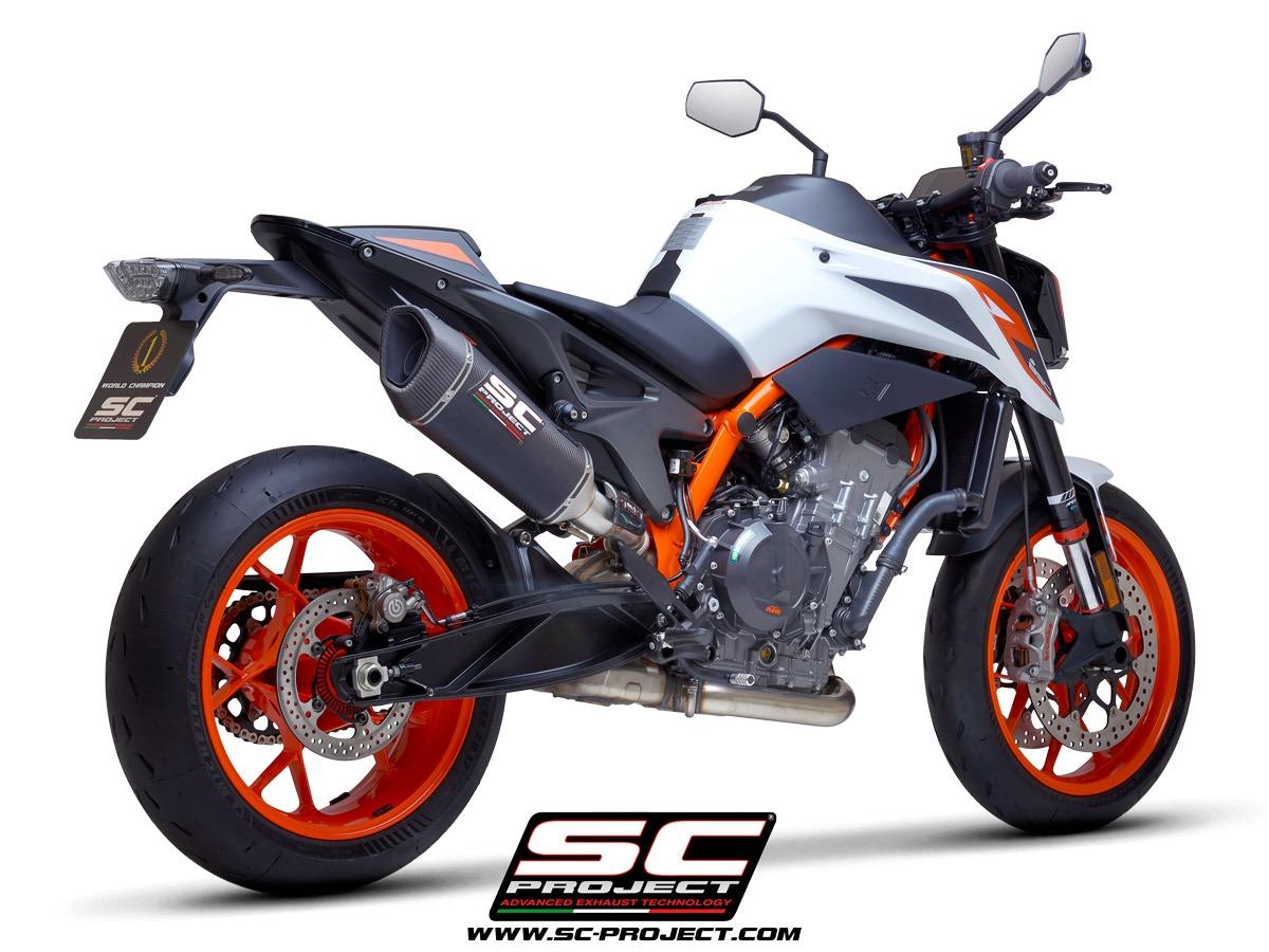 KTM_890-Duke-R_my2020_SC1R-Carbonio_3-4Posteriore