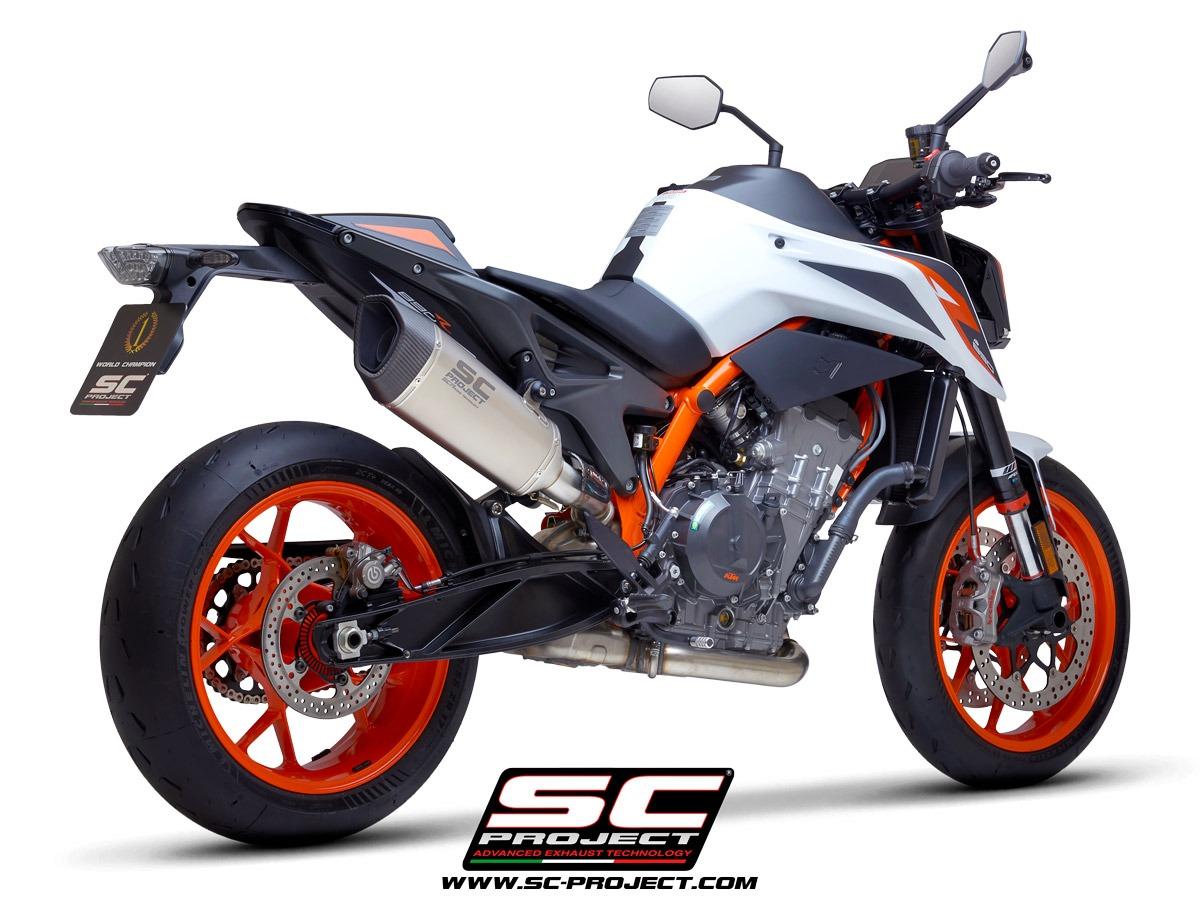 KTM_890-Duke-R_my2020_SC1R-Titanio_3-4Posteriore