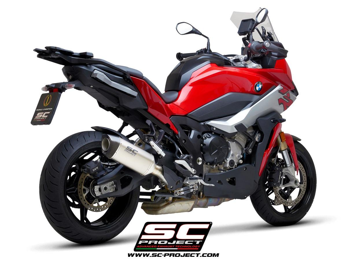 BMW_S-1000-XR_my2020_SC1M-Titanio_3-4Posteriore