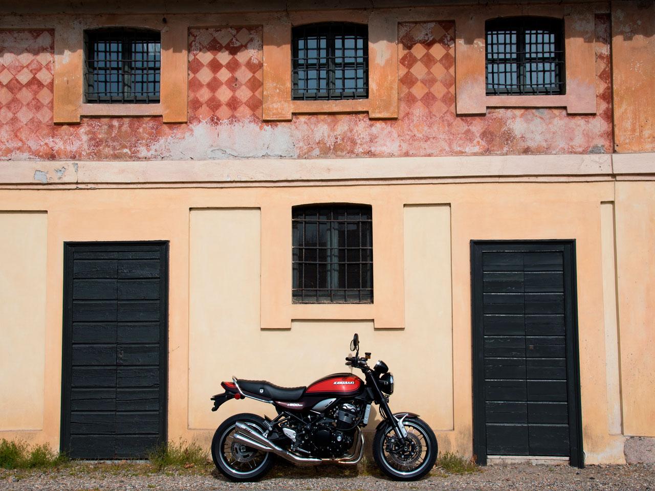 Kawasaki-Z900RS-Testanera-Esterna1_1280x960px_Web