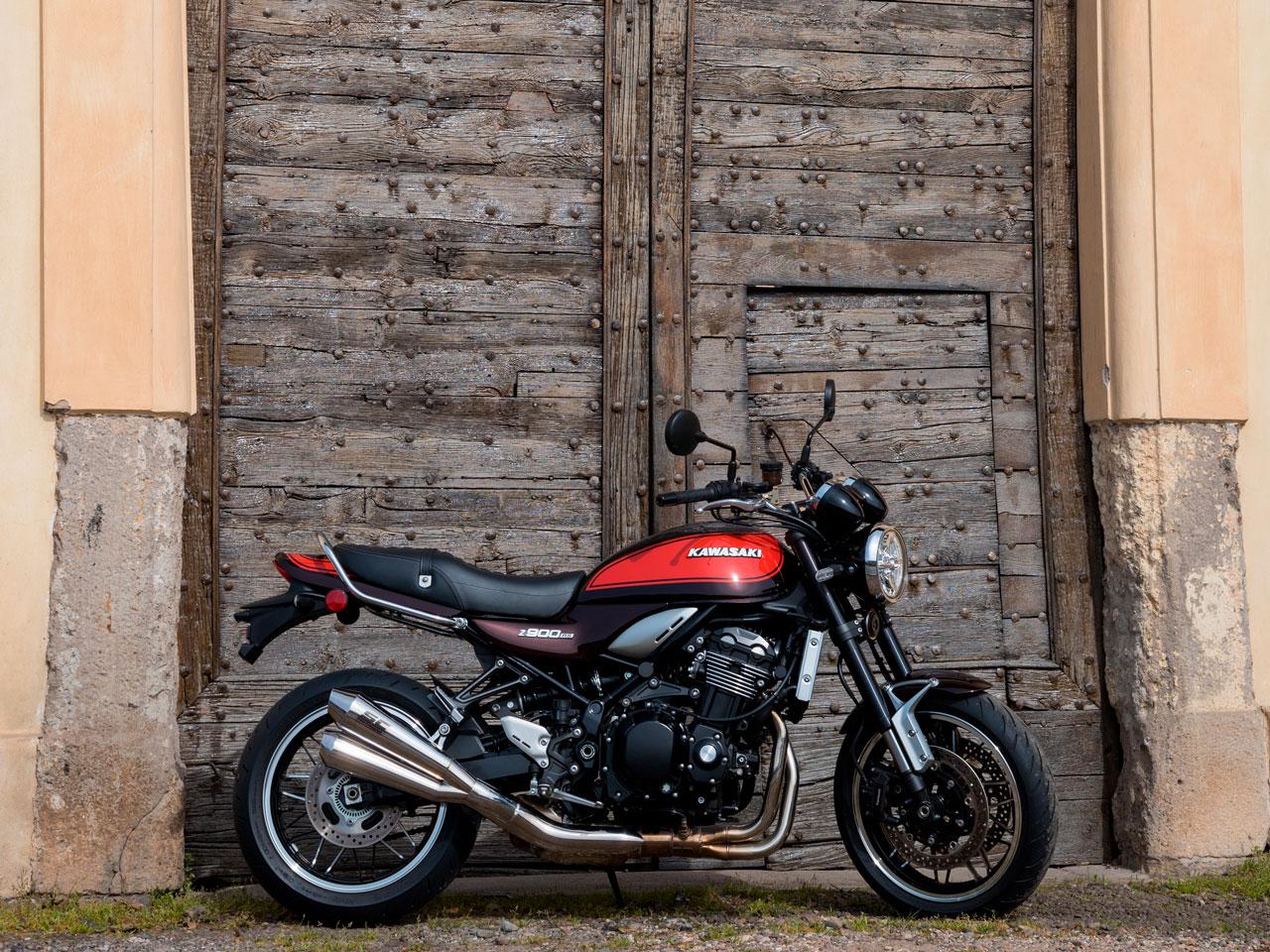 Kawasaki-Z900RS-Testanera-Esterna2_1280x960px_Web